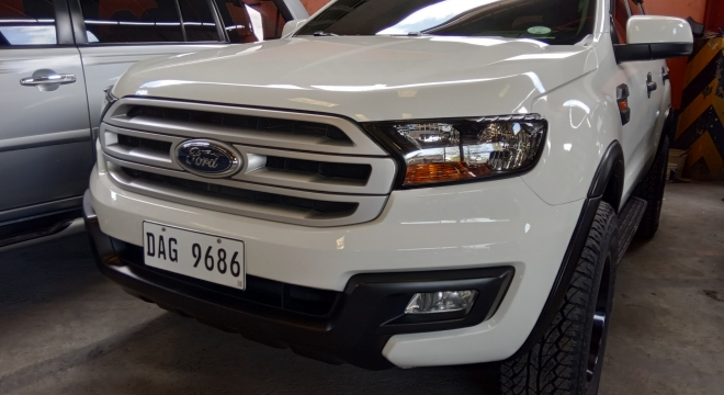 2017 Ford Everest Ambiente 4x2 MT Diesel