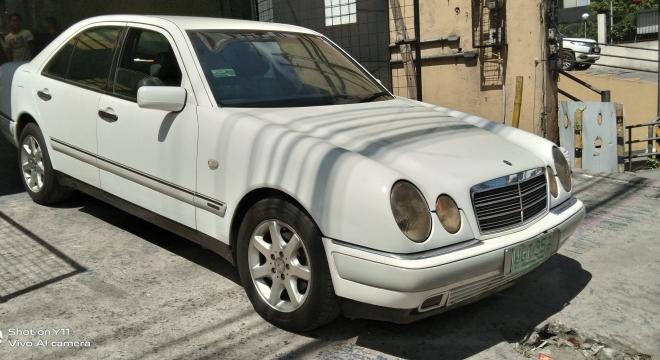 1996 Mercedes-Benz E-Class E230 Elegance