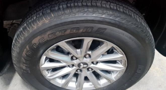 2012 Mitsubishi Montero Sport GLS V AT Diesel