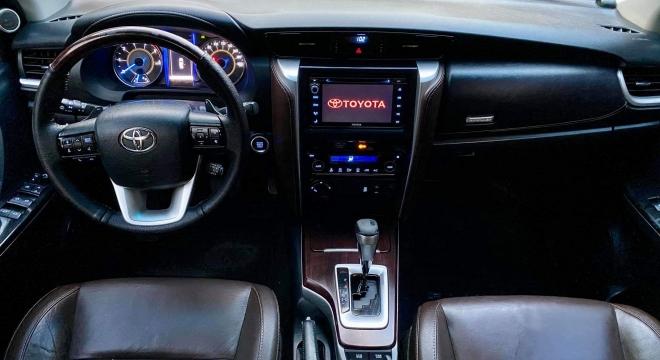 2016 Toyota Fortuner 2.8 V Diesel 4x4 AT