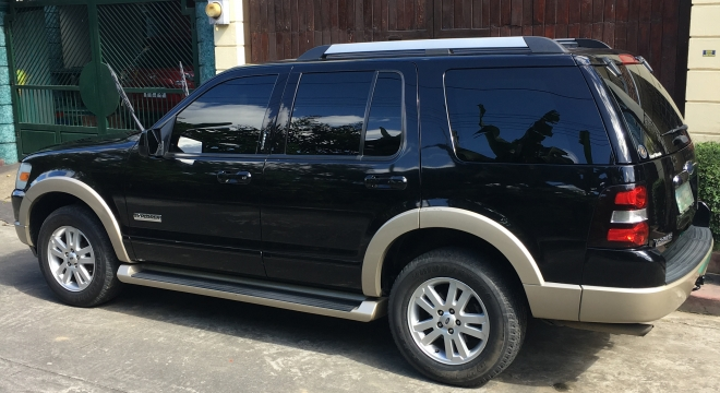 2007 Ford Explorer Eddie Bauer AT