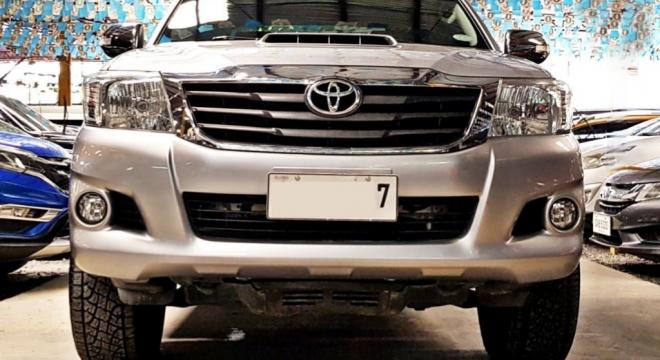2015 Toyota Hilux E MT Diesel (4X2)