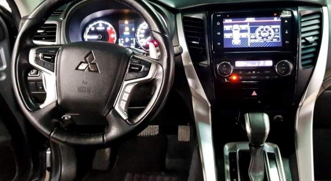 2016 Mitsubishi Montero Sport GLS Premium