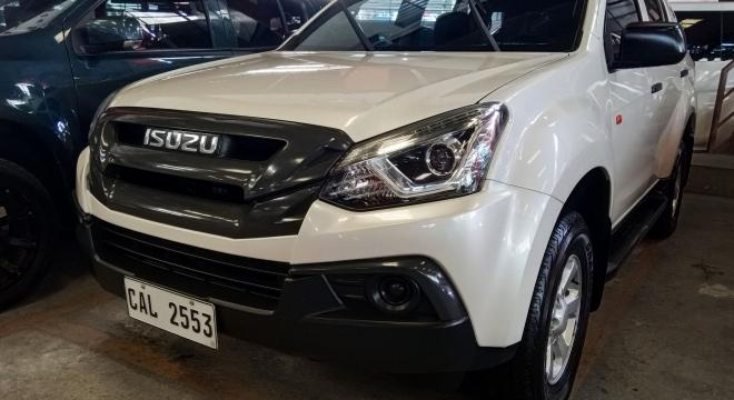 2018 Isuzu mu-X RZ4E LS 4x2 MT