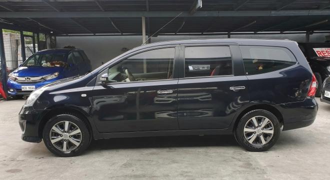 2014 Nissan Grand Livina 1.8 XV Elegance