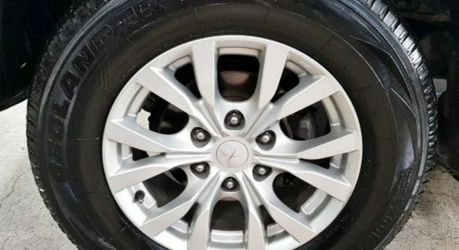 2013 Mitsubishi Montero Sport GLX MT