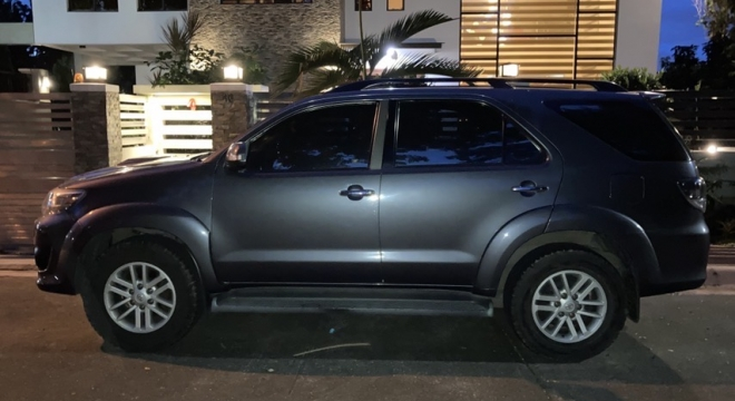 2012 Toyota Old Fortuner V AT