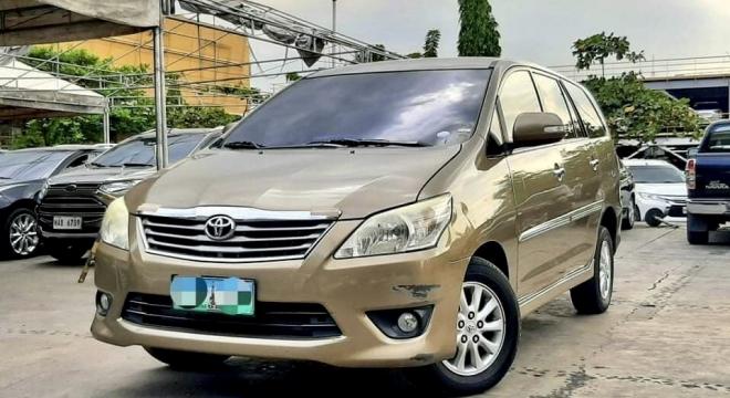 2013 Toyota Innova V Diesel AT