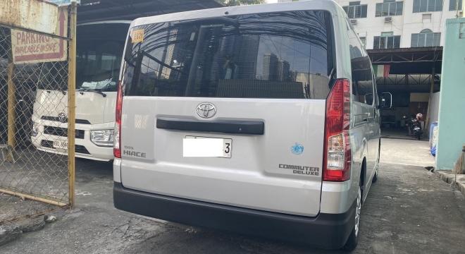 2020 Toyota Hiace Commuter MT Diesel