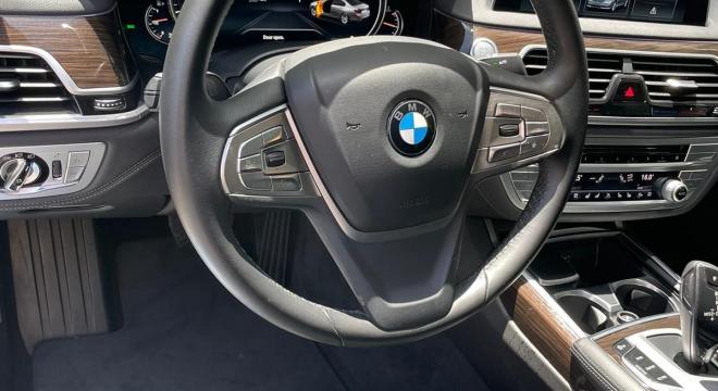 2018 BMW 7-Series 730Li