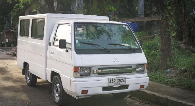 2014 Mitsubishi L300 2.5L MT Diesel