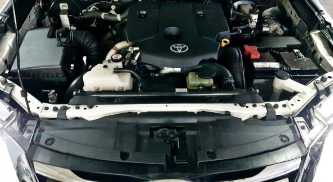 2019 Toyota Fortuner V AT Diesel