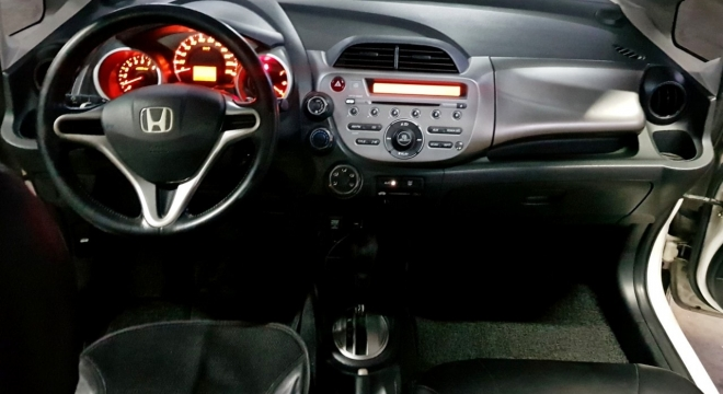2013 Honda Jazz i-Vtec