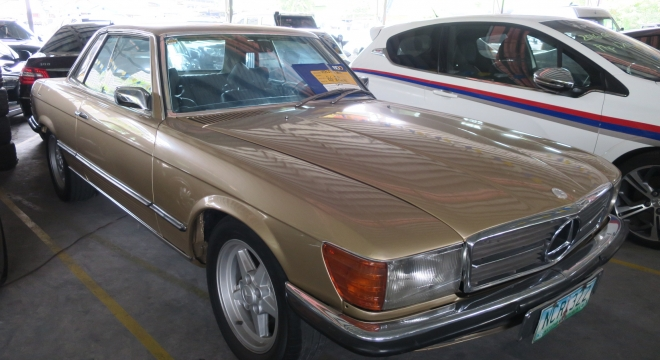 1977 Mercedes-Benz SLC - Class 4.5L AT Gasoline