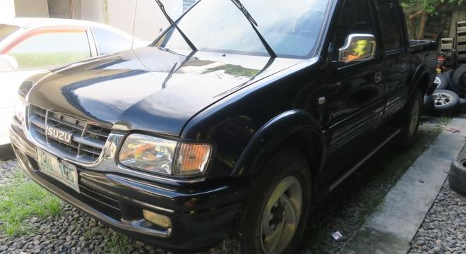 2003 Isuzu Fuego 2.8L AT Diesel