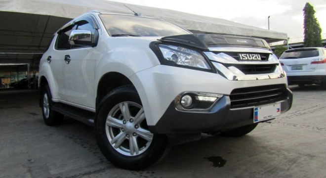 2016 isuzu mu-x 2.5l 4x2 at diesel used car for sale in makati city, metro manila, ncr autodeal