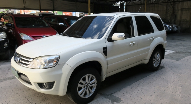 2010 Ford Escape XLS AT