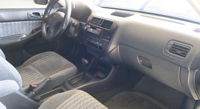 2000 Honda Civic VTi AT