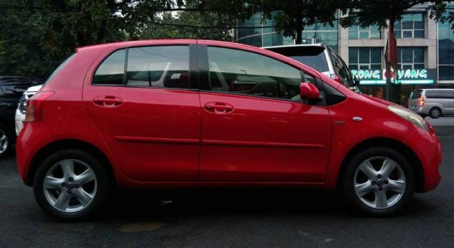 2007 Toyota Yaris AT