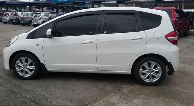 2013 Honda Jazz 1.3L AT Gasoline