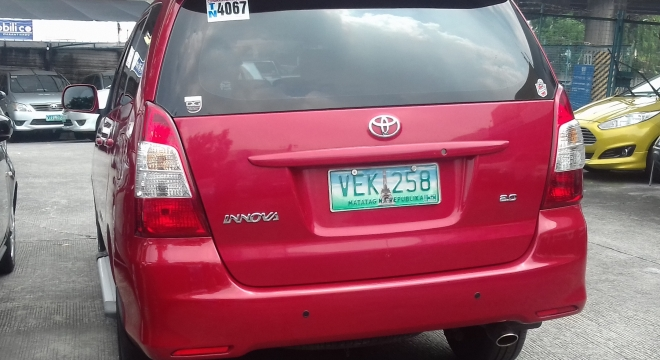 2012 Toyota Innova J Gas MT