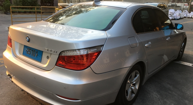 2007 BMW 5-Series Sedan 525i AT
