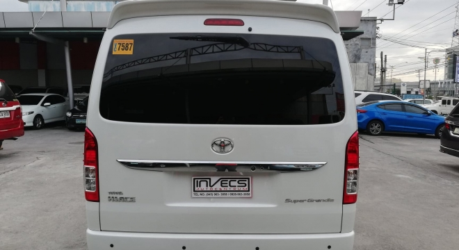 2016 Toyota Hiace Super Grandia AT