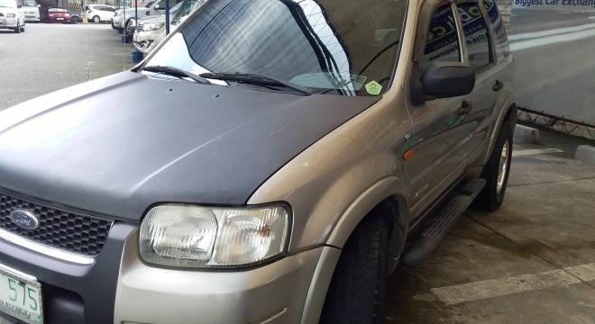 2004 Ford Escape 3.0L XLT V6 AT