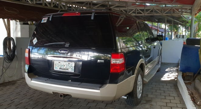 2009 Ford explorer eddie bauer edition 5.0L AT Gasoline