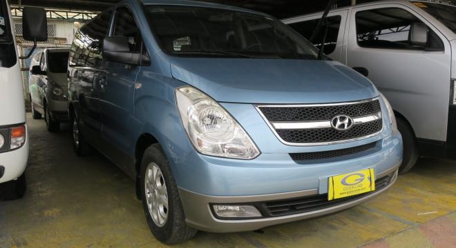 2011 Hyundai Grand Starex 2.5L AT Diesel