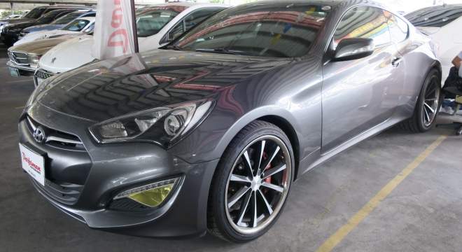 2012 Hyundai Genesis Coupe 2.0 T AT