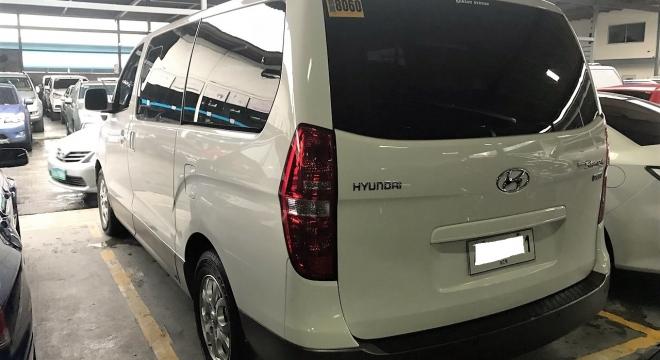 2015 Hyundai Grand Starex 2.5L AT Diesel