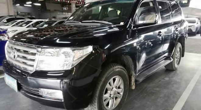 2011 Toyota Land Cruiser LC 200 AT