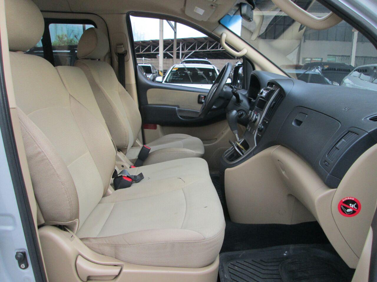 2008 Hyundai Grand Starex GLS CRDi VGT (10 Seats Swivel)