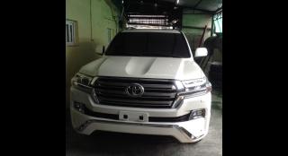 2018 Toyota Land Cruiser V8