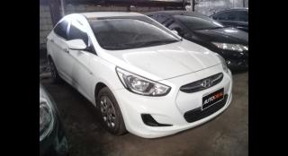 2015 Hyundai Accent E MT
