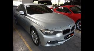2013 BMW 318d AT