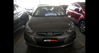 2012 Hyundai Accent Sedan AT