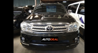 2010 Toyota Fortuner G AT DSL (4X2)