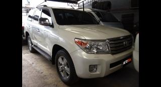 2013 Toyota Land Cruiser VX V8