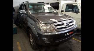 2006 Toyota Fortuner G Diesel AT