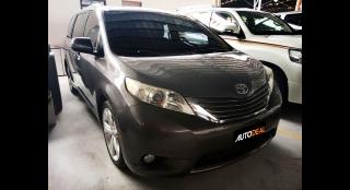 2011 Toyota Sienna XLE AT Diesel