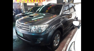 2010 Toyota Fortuner V AT