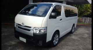 2015 Toyota Hiace Commuter MT