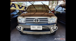 2010 Toyota Fortuner G Diesel AT