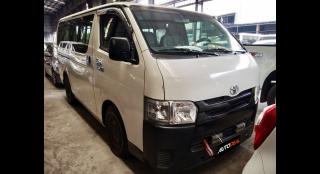 2016 Toyota Hiace Commuter MT