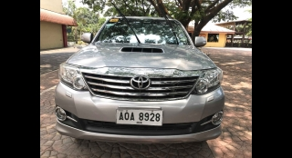 2015 Toyota Fortuner V (4X2) AT Diesel