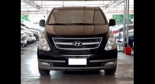 2010 Hyundai Starex GL AT