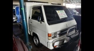 2013 Mitsubishi L300 FB Exceed