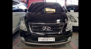 2018 Hyundai Grand Starex 2.5 CRDi GLS AT (with Swivel)
